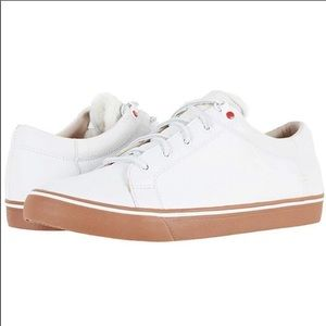 UGG Shoes - 🔥New Ugg Mens Brock White Leather Sneaker sz 8-15